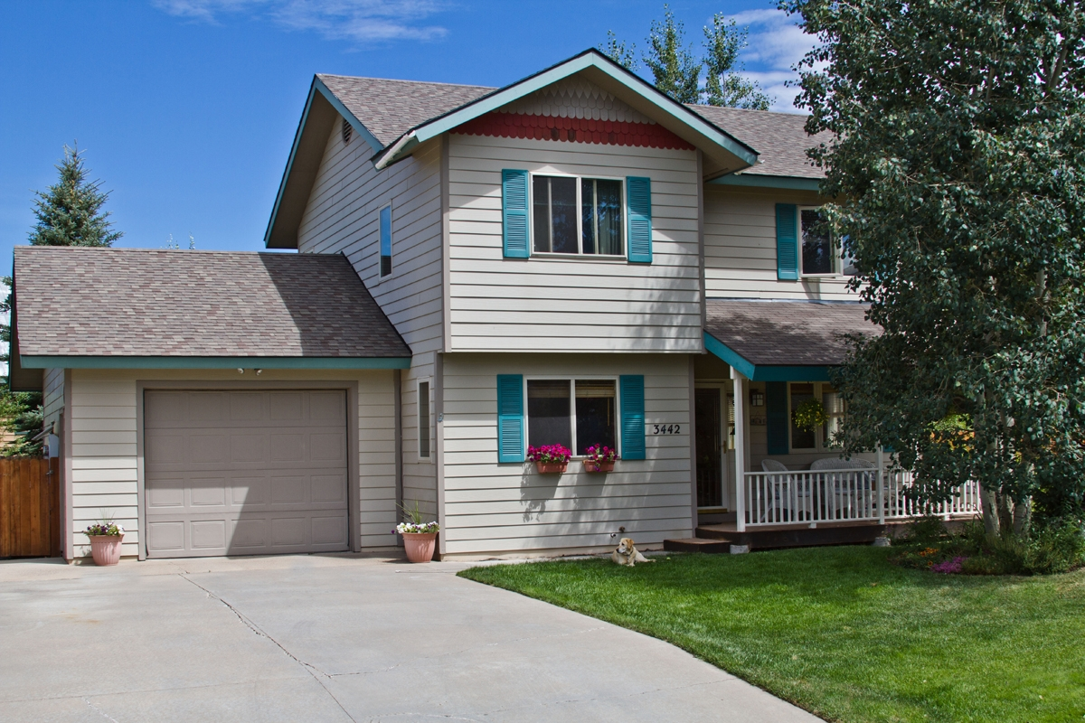 homes for sale under 500k in the mountain area of steamboat springs