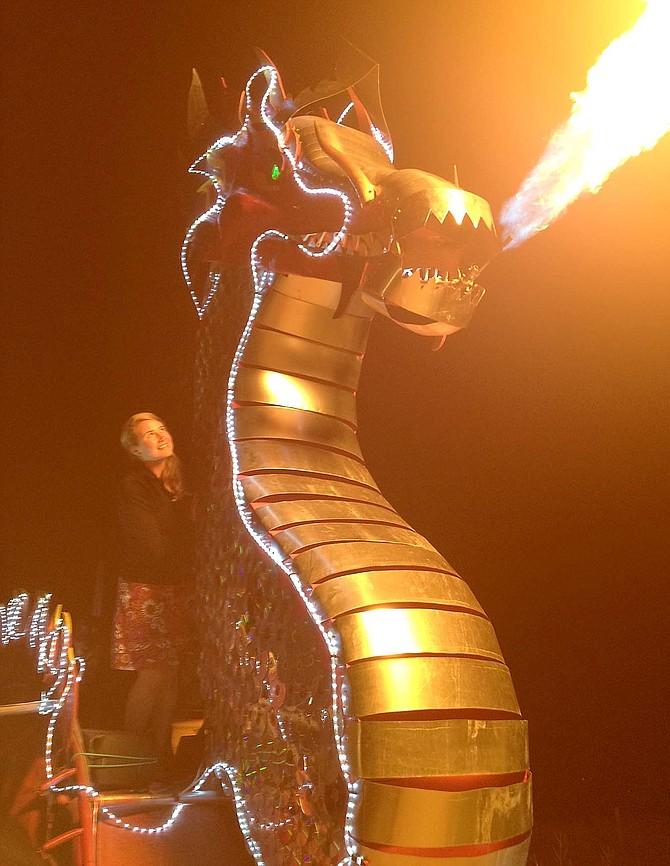 Steamboat's Downtown Stroll, Halloween, dragon