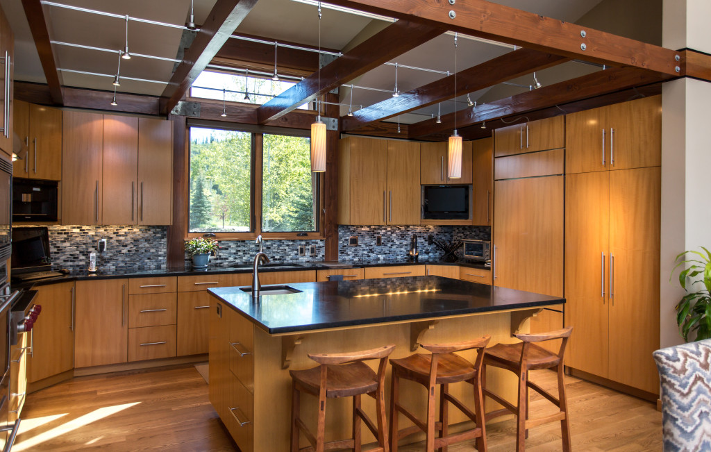 gourmet kitchen, strawberry park, double buck, open, natural light, honed granite, lighting